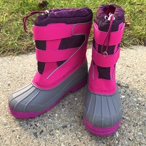 NWOT Lands End Girls Winter Boots